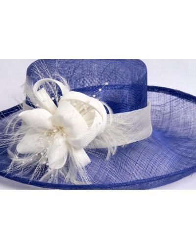 Chapeau de cérémonie avec...